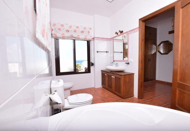 El Arenal - Baño en suite - Dormitorio principal - primera planta
