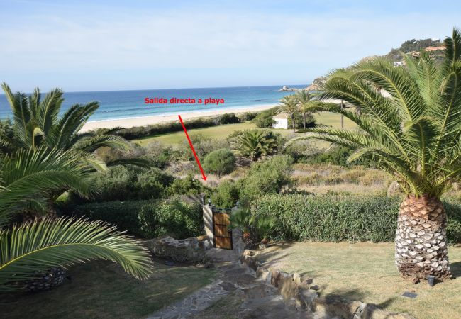 Pralaya - Acceso a la playa